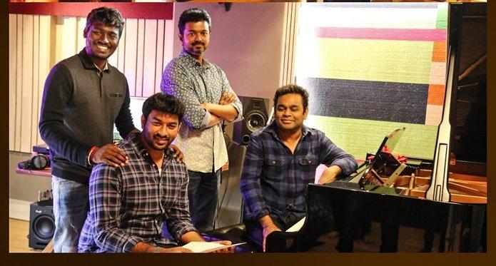 'Verithanam' song sung by Vijay - 3