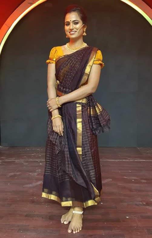ramya-pandian-97
