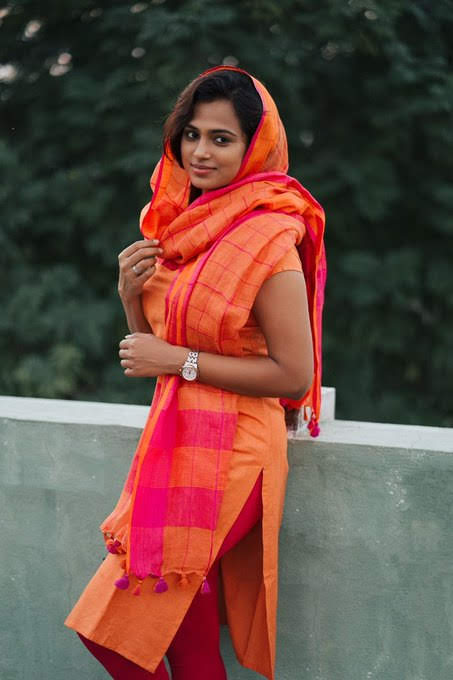 ramya-pandian-98