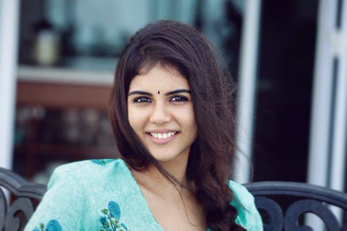 Kalyani-Priyadarshan (20)