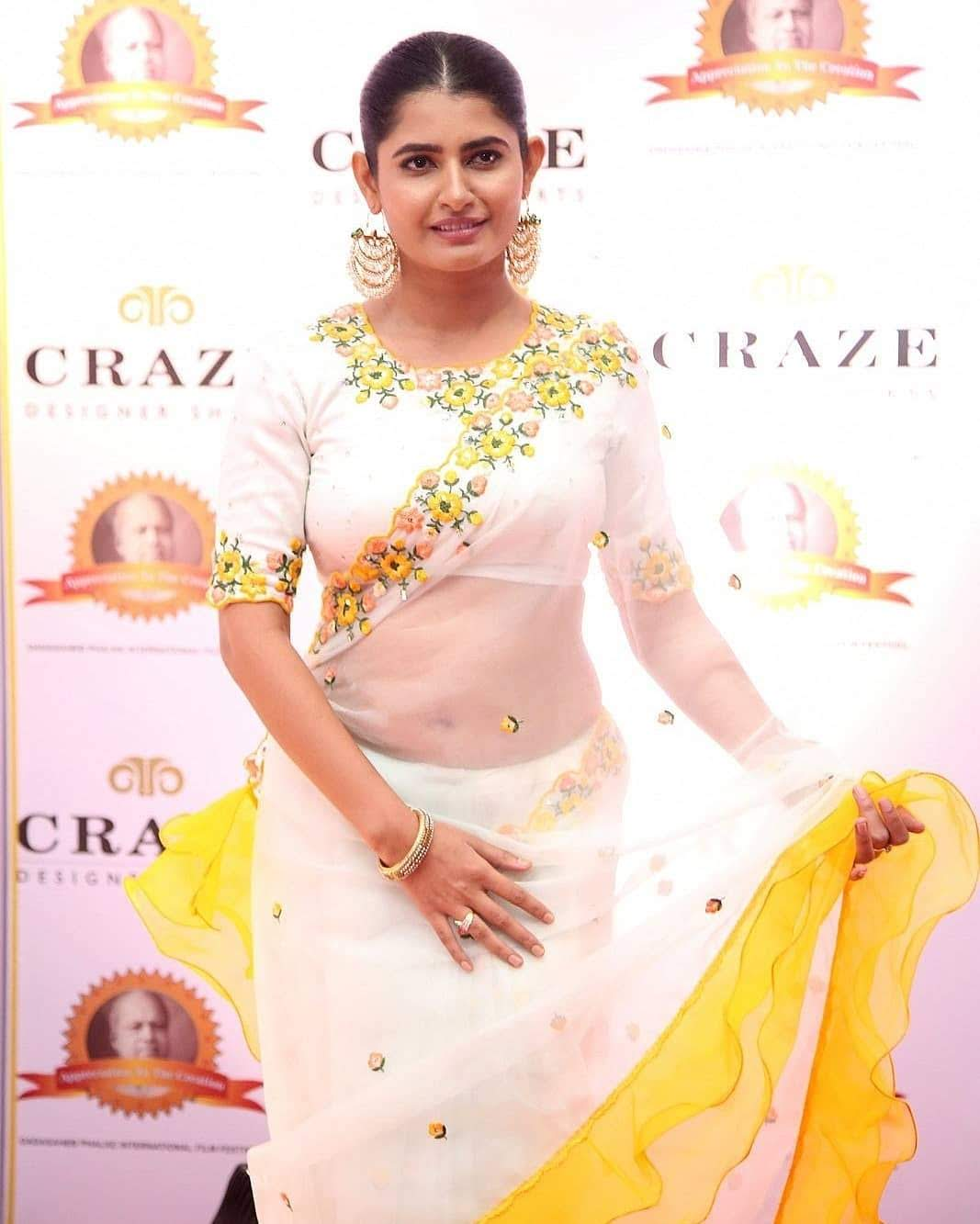 Ashima-Narwal-27