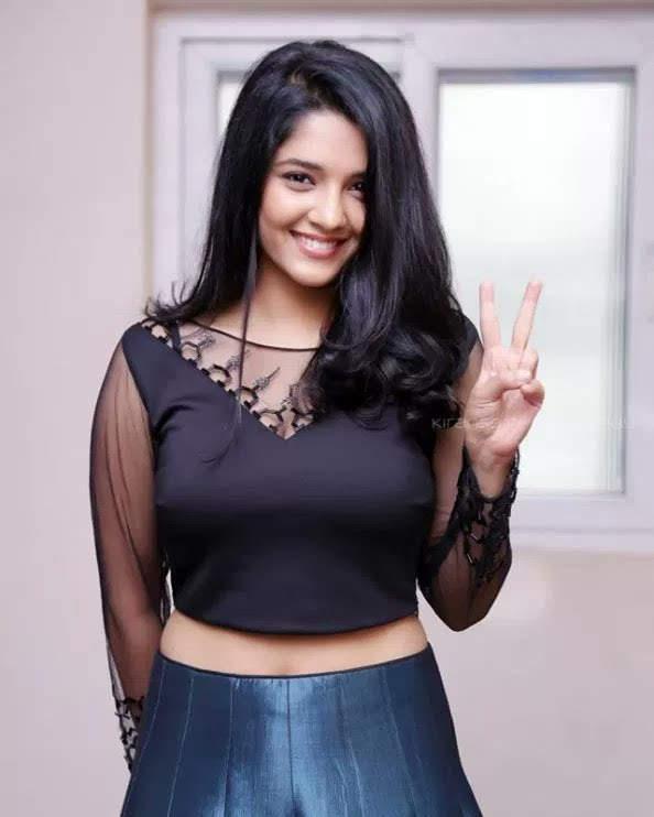 Ritika-Singh-32