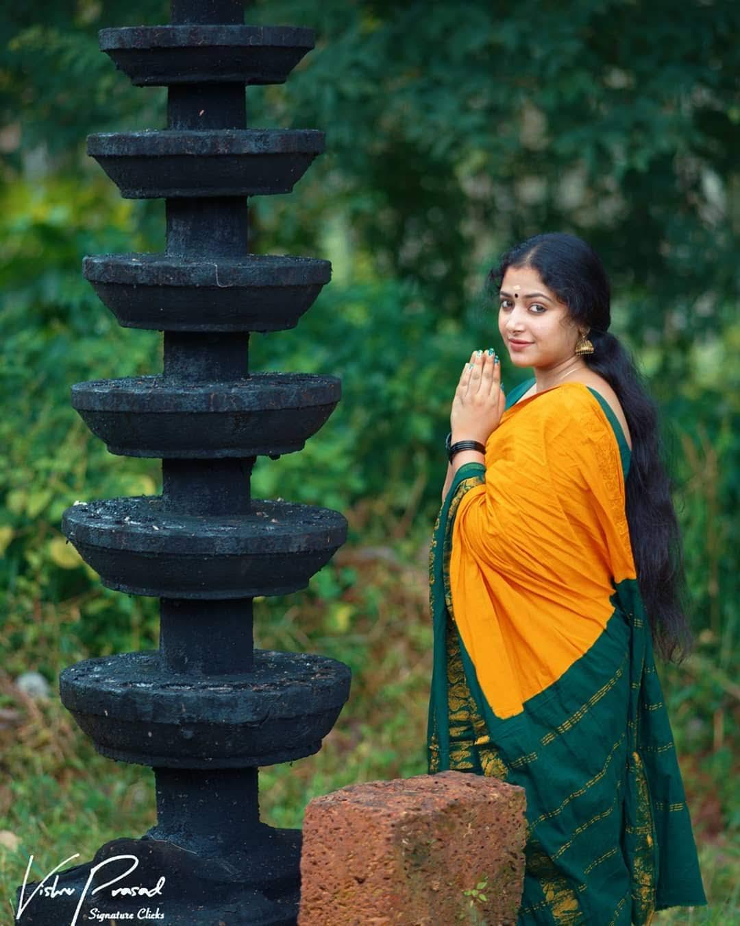 Anu-sithara-images-115630