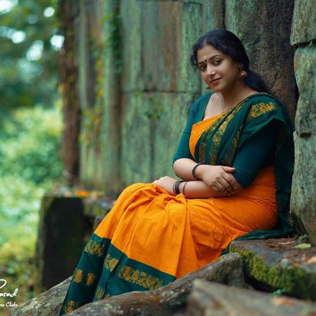 Anu-sithara-images-115631