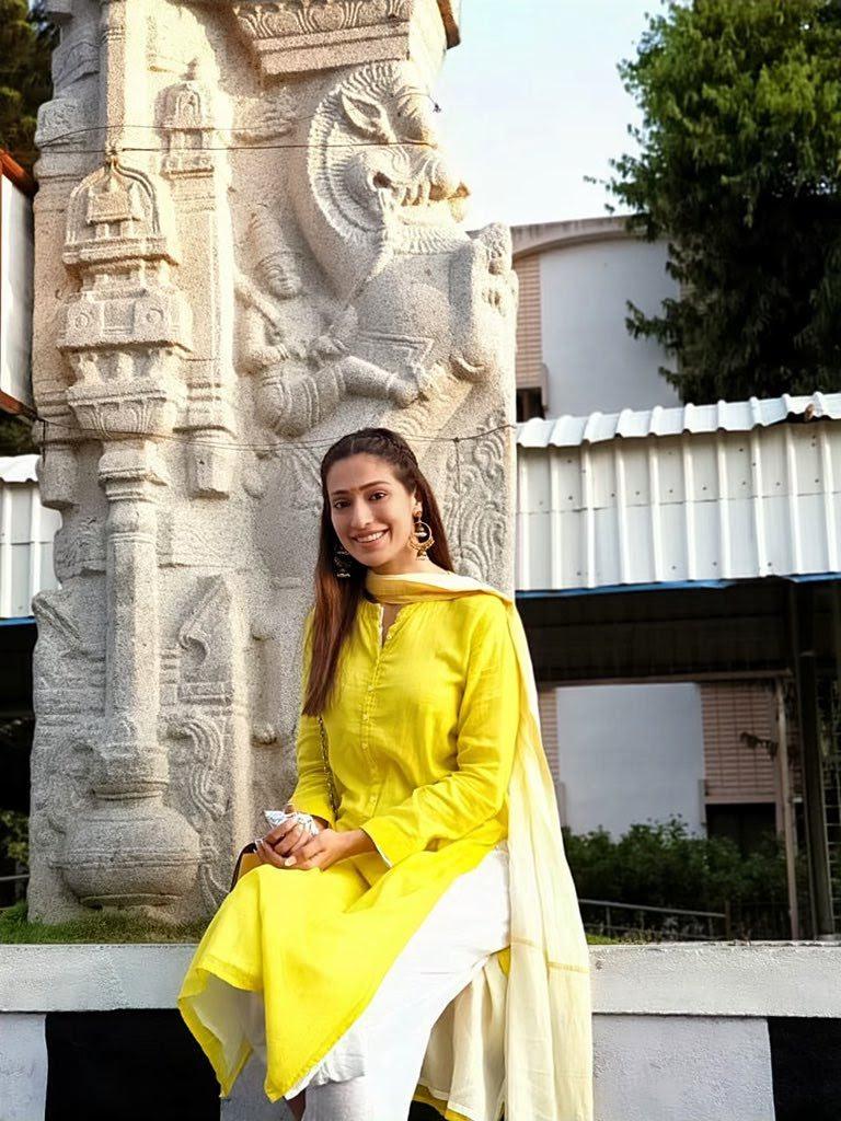 Rai-lakshmi-latest-images-32611