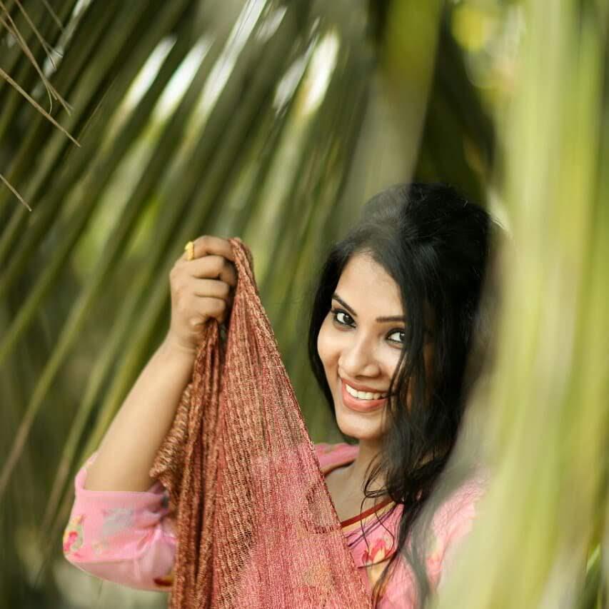 Dhivya-Dhuraisamy-11