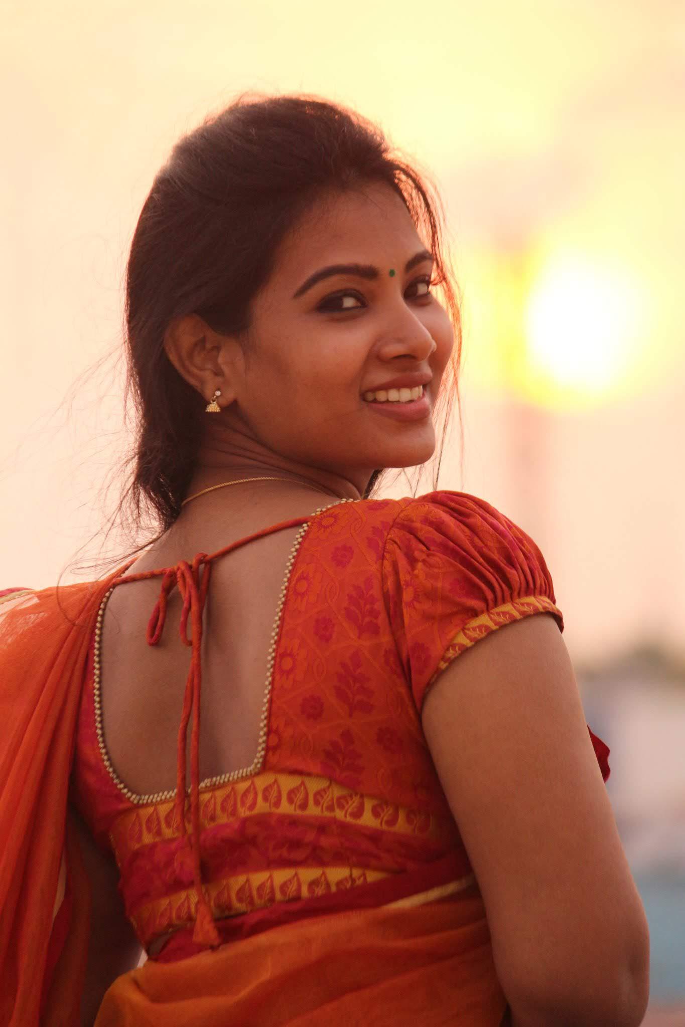Dhivya-Dhuraisamy-59