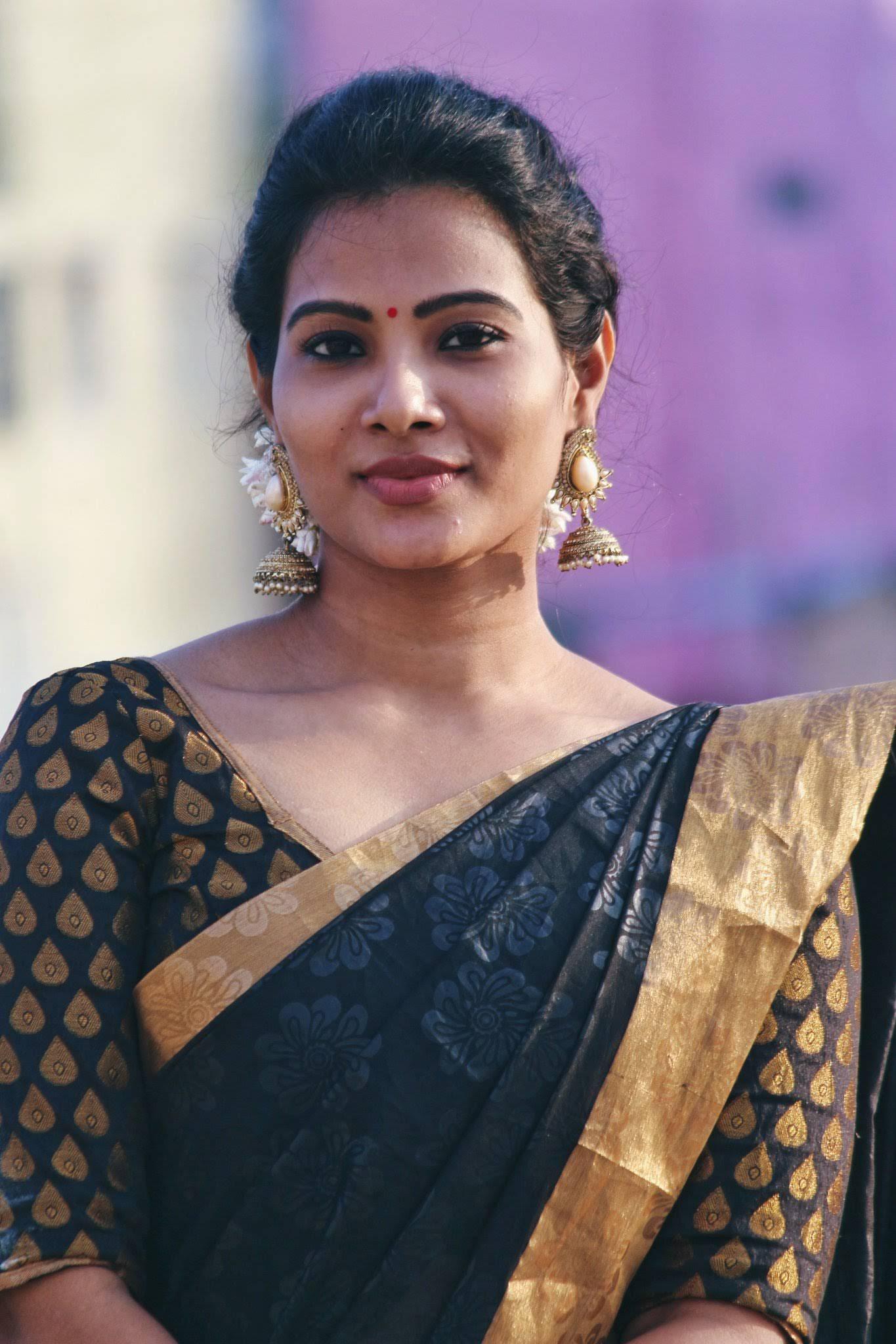 Dhivya-Dhuraisamy-66