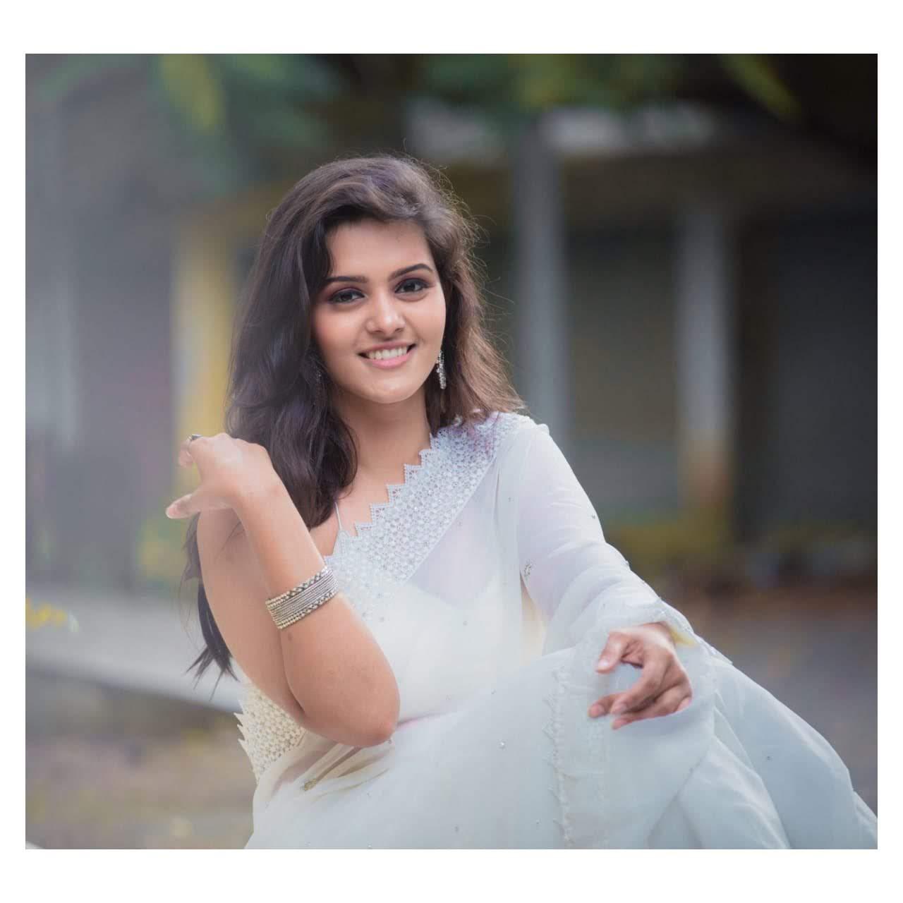 Roshni-Prakash-images-956558