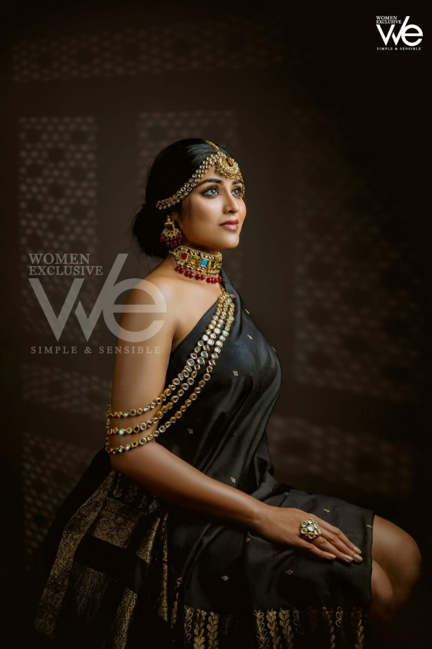Indhuja-at-We-Magazine-cover-000