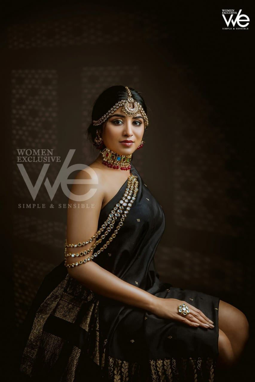 Indhuja-at-We-Magazine-cover-00ui