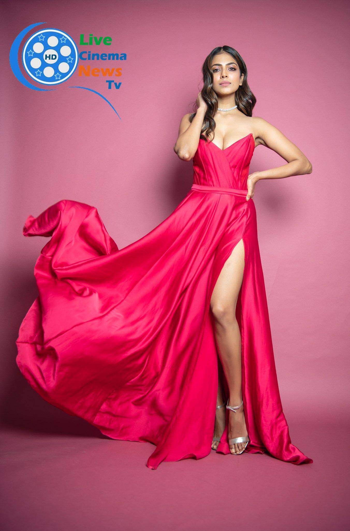 Malavika Mohan looks great in Red dress