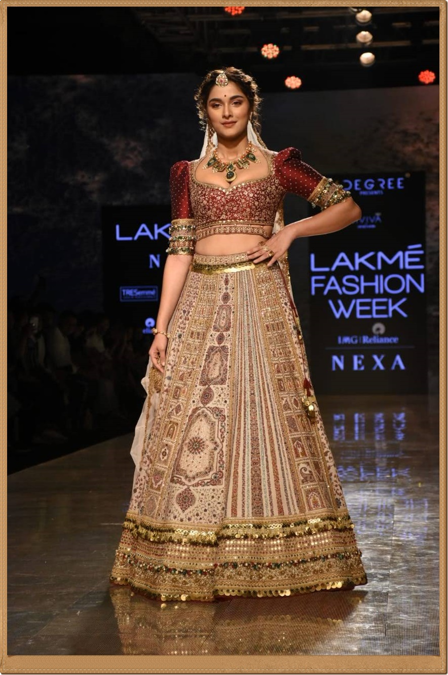 lakme-fashion-week-2020-17