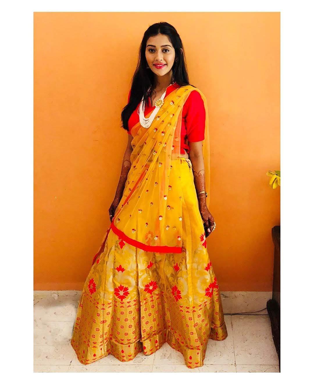 Pooja-Jhaveri-611689