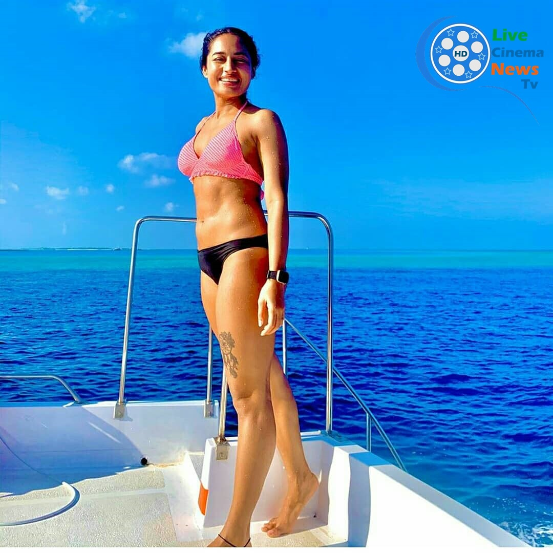 Pooja-Ramachandran-sexy-photo