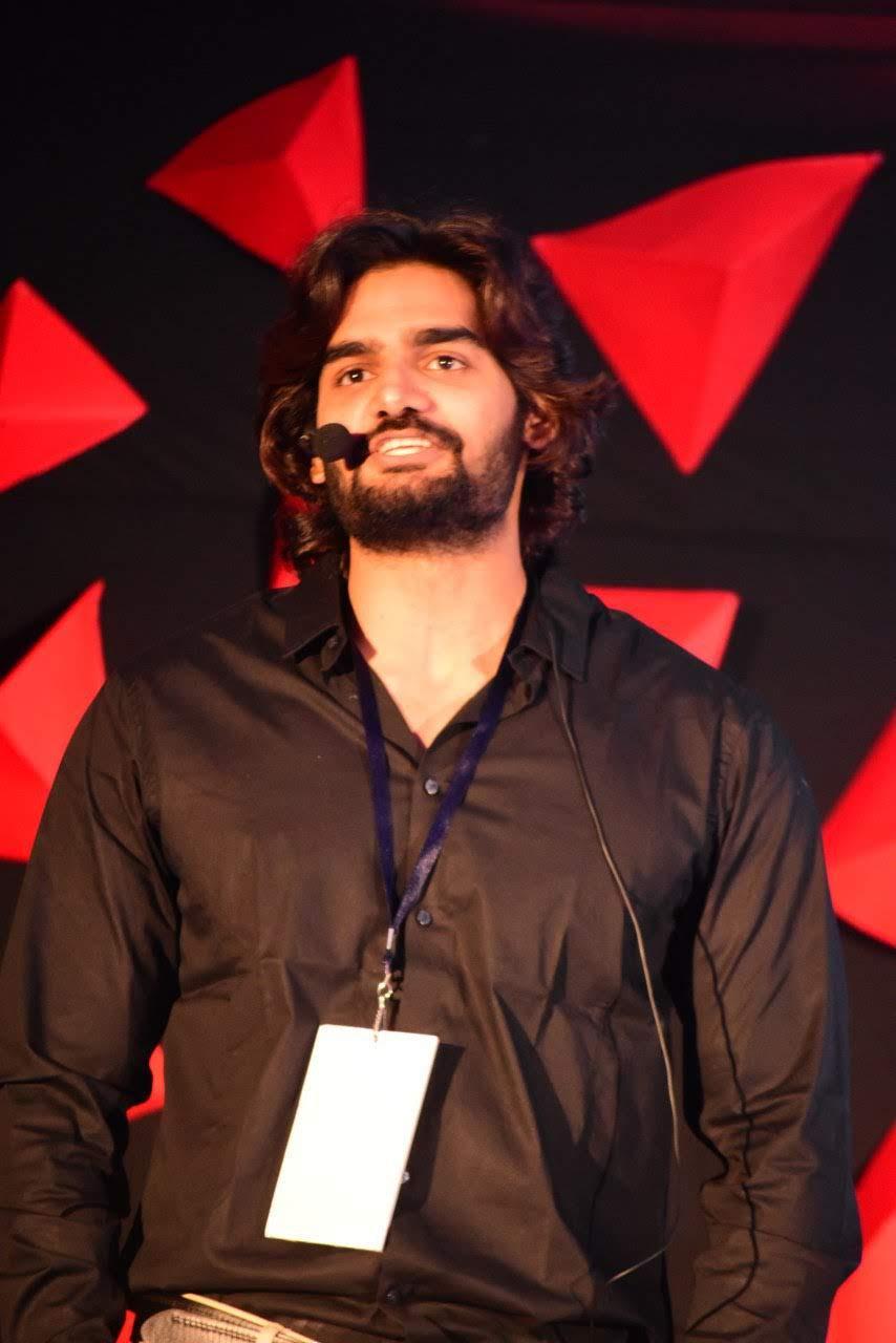 kartikeya-gummakonda-90ml-fame-actor-12