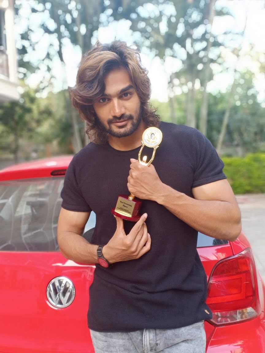 kartikeya-gummakonda-90ml-fame-actor-17