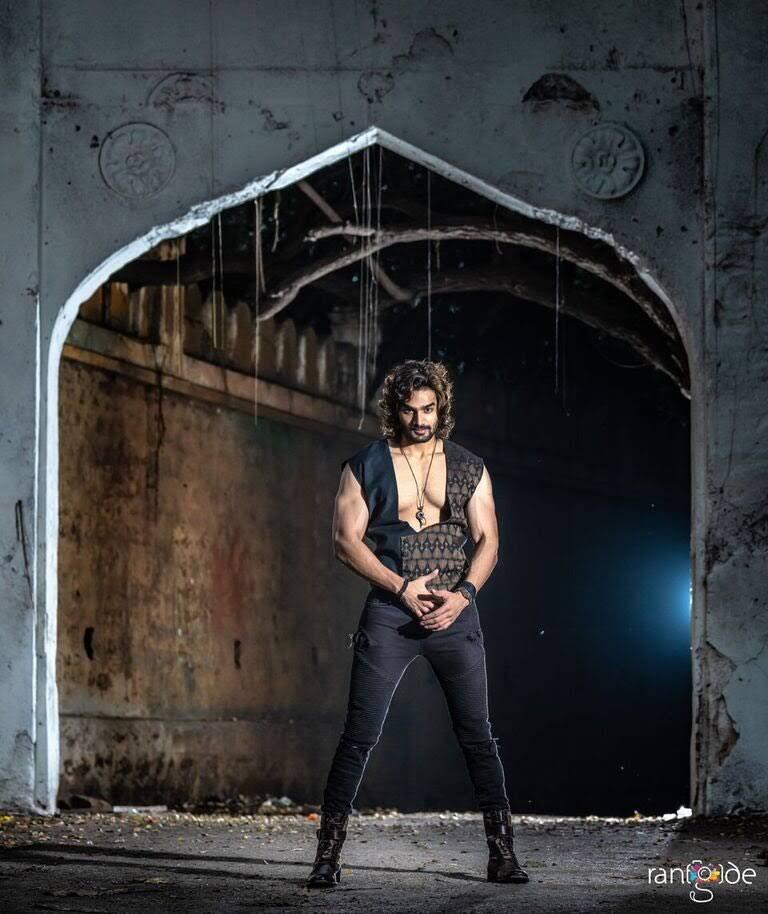 kartikeya-gummakonda-90ml-fame-actor-23