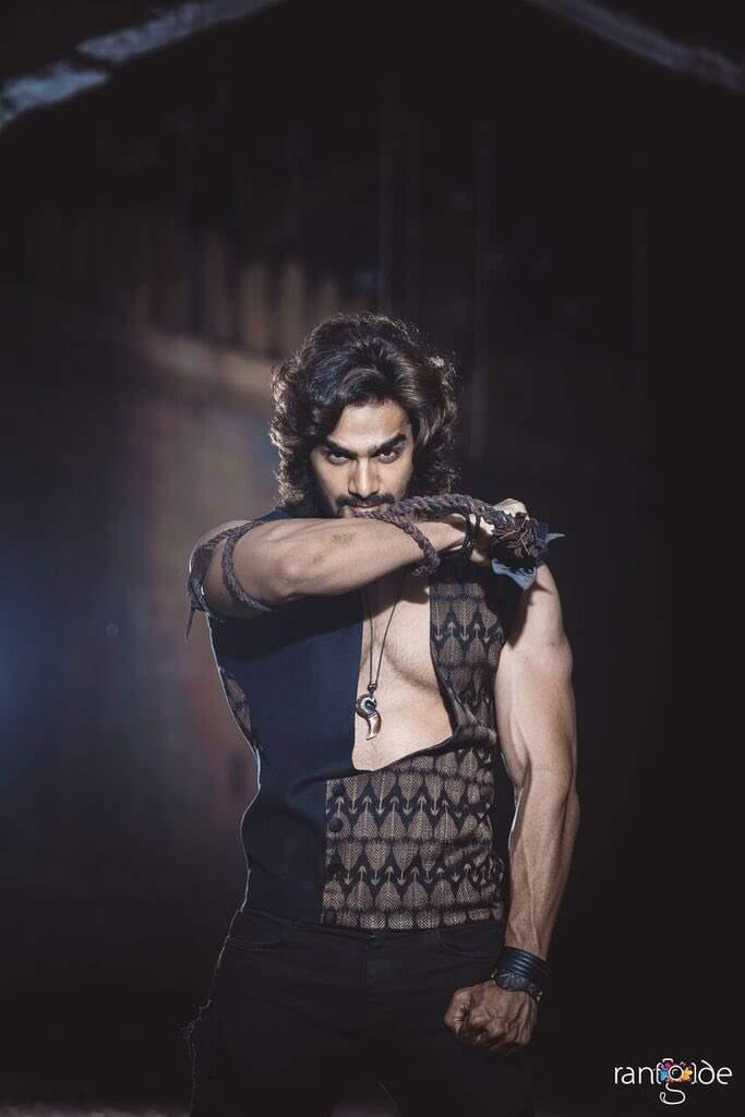 kartikeya-gummakonda-90ml-fame-actor-3