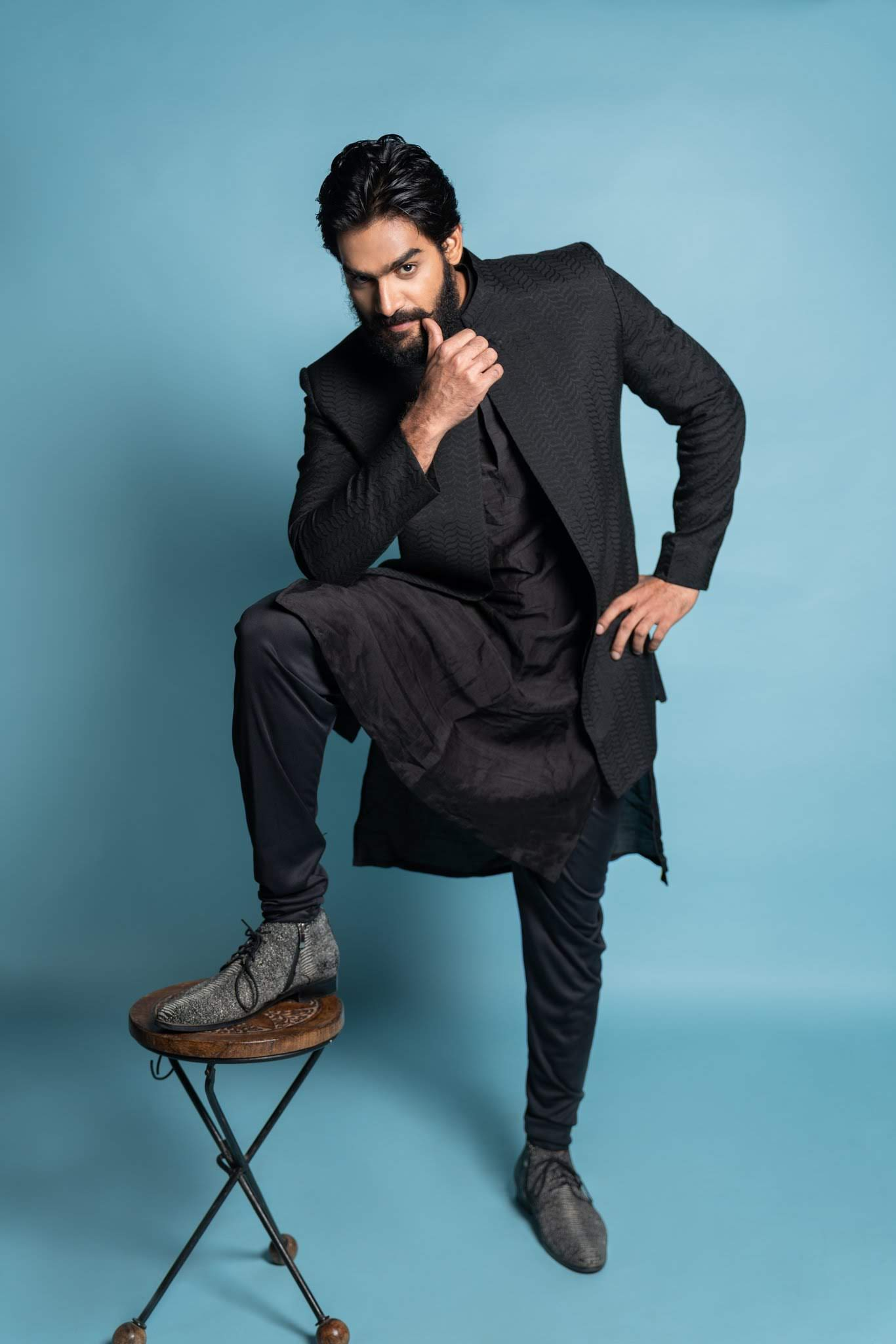 kartikeya-gummakonda-90ml-fame-actor-34