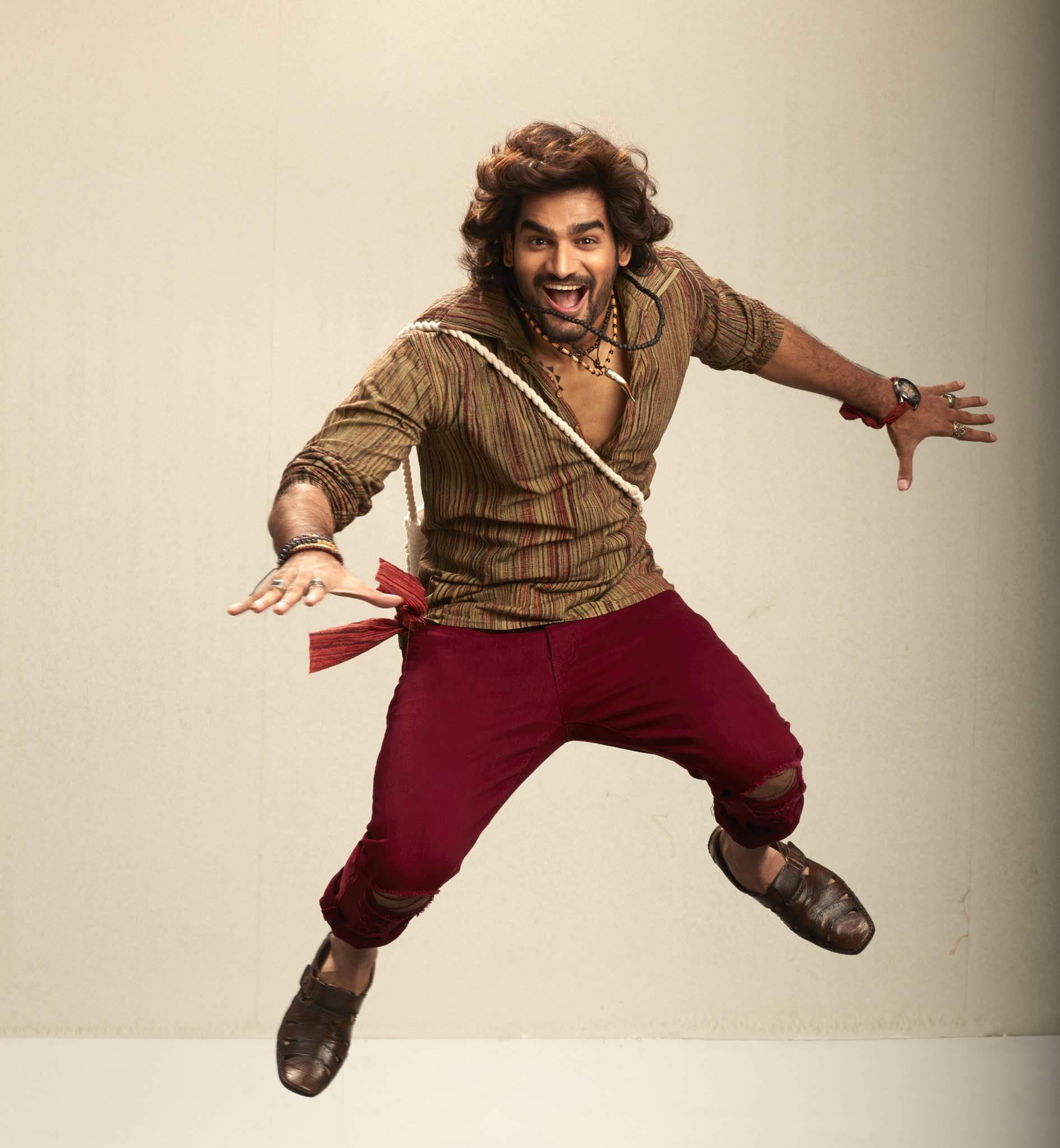 kartikeya-gummakonda-90ml-fame-actor-50