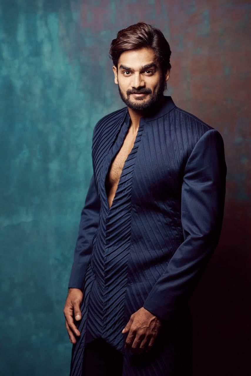 kartikeya-gummakonda-90ml-fame-actor-6