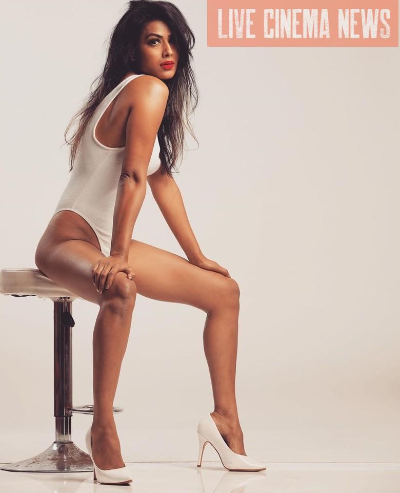 Nia-Sharma-bikini-image