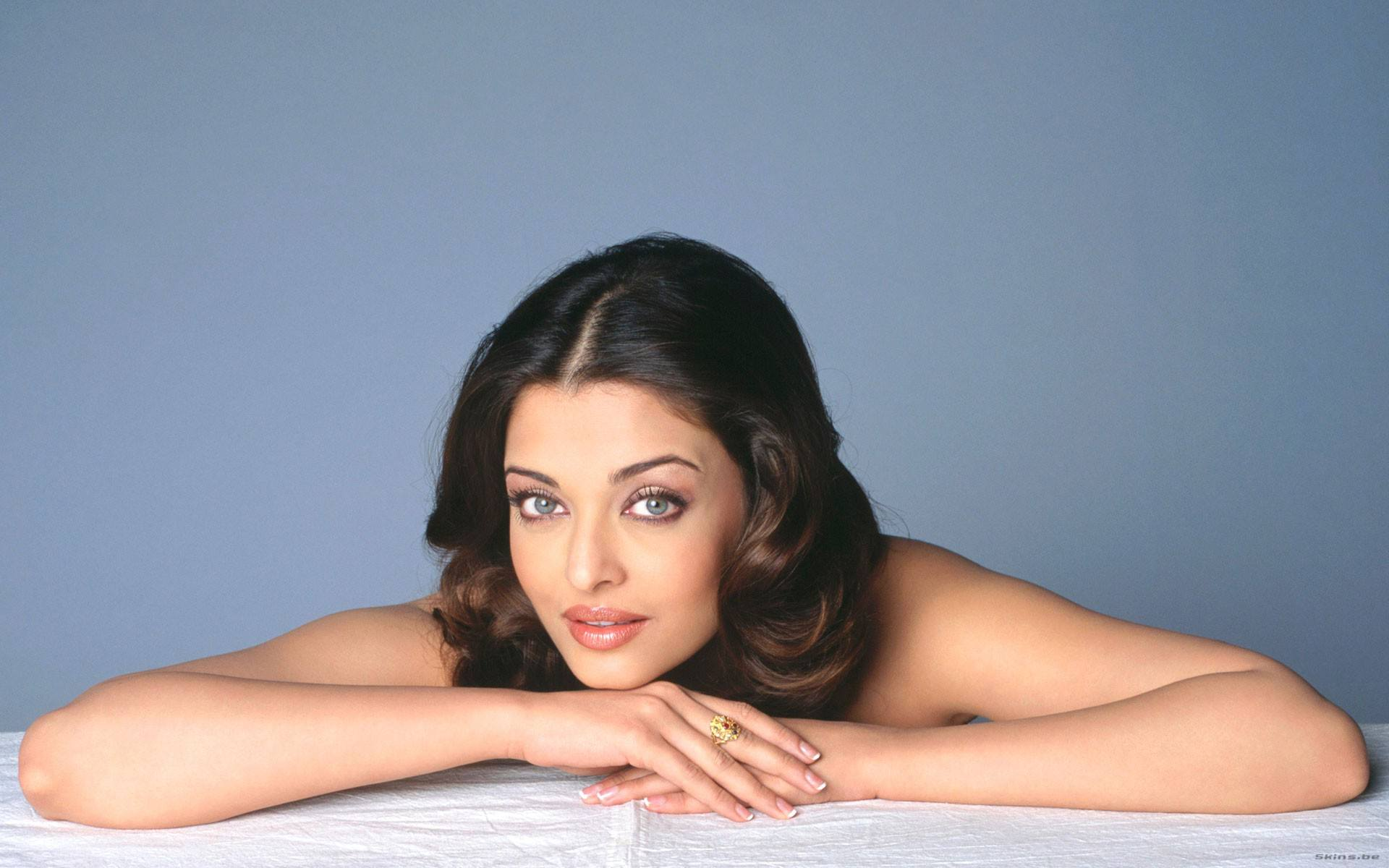aishwarya_rai-wallpaper_2147483649