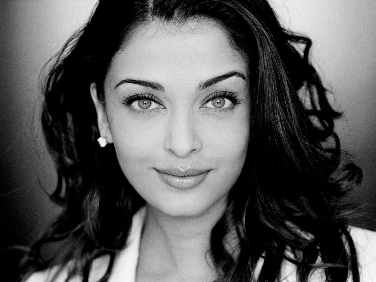 aishwarya_rai-wallpaper_2147483654