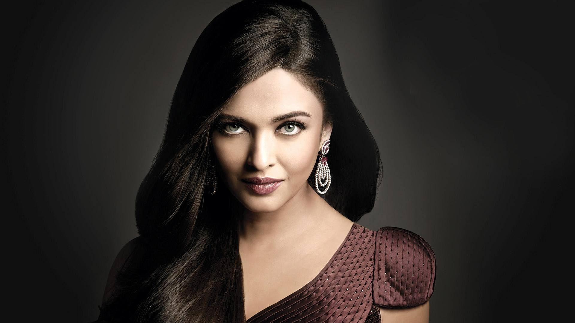 aishwarya_rai-wallpaper_2147483662