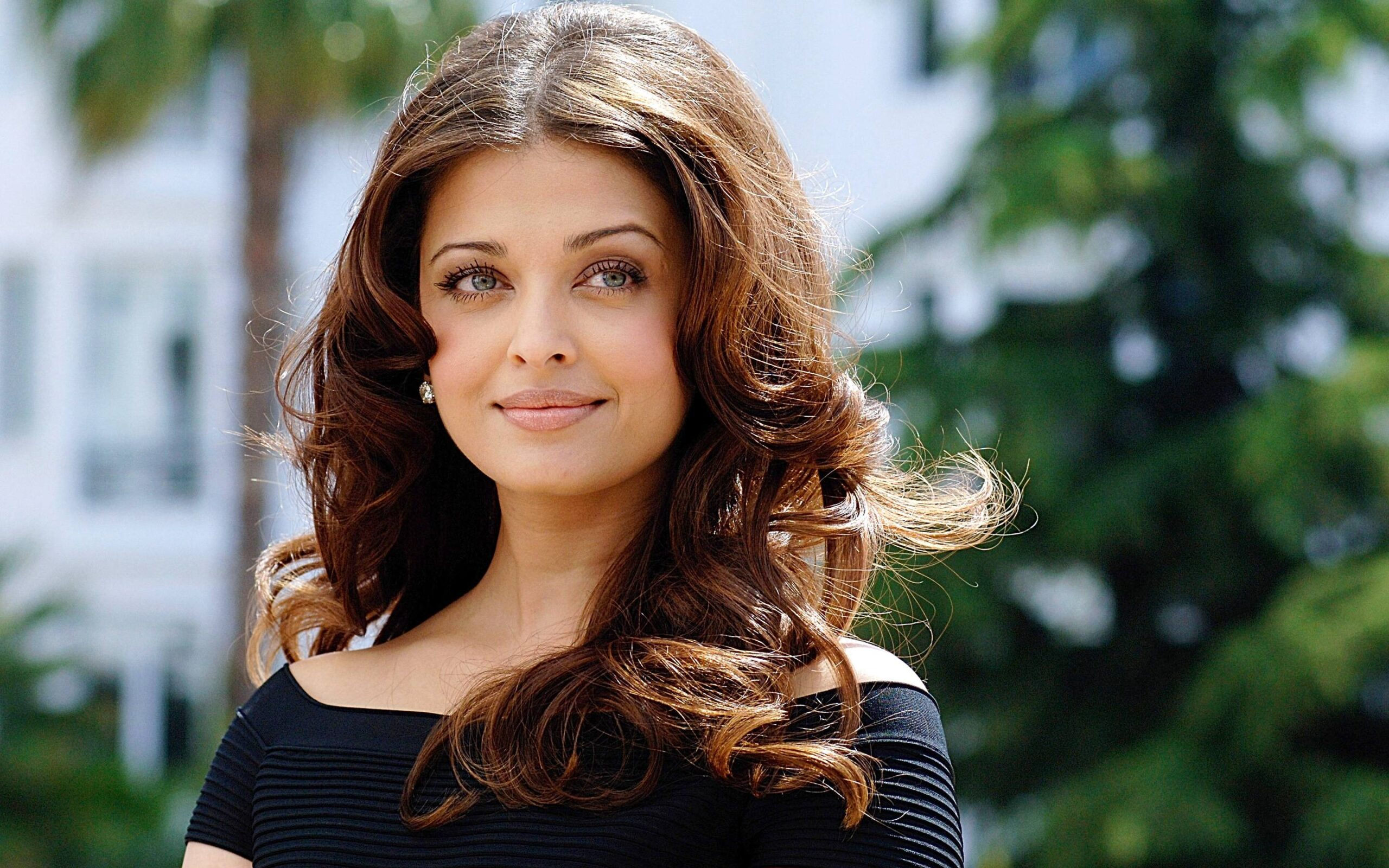 aishwarya_rai-wallpaper_2147483663