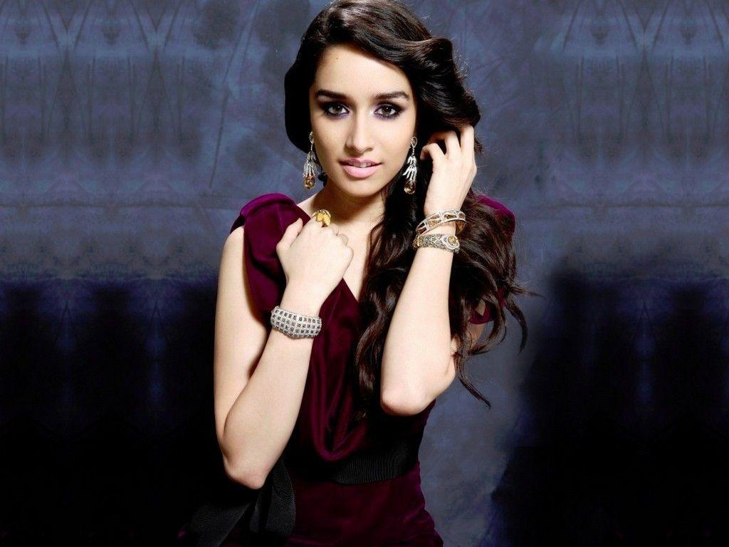 shraddha_kapoor_wallpaper_97338004