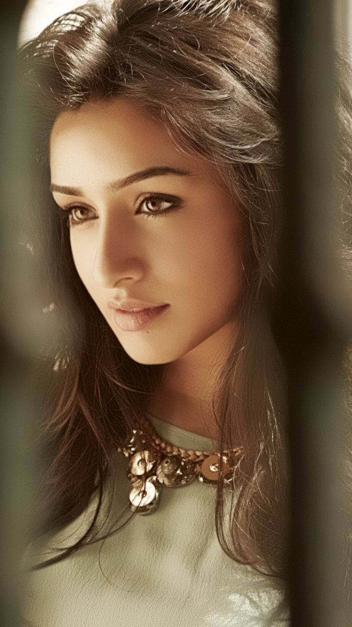 shraddha_kapoor_wallpaper_97338019