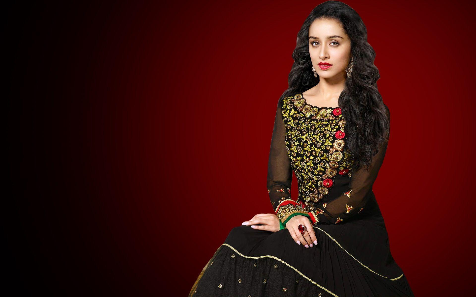 shraddha_kapoor_wallpaper_97338023