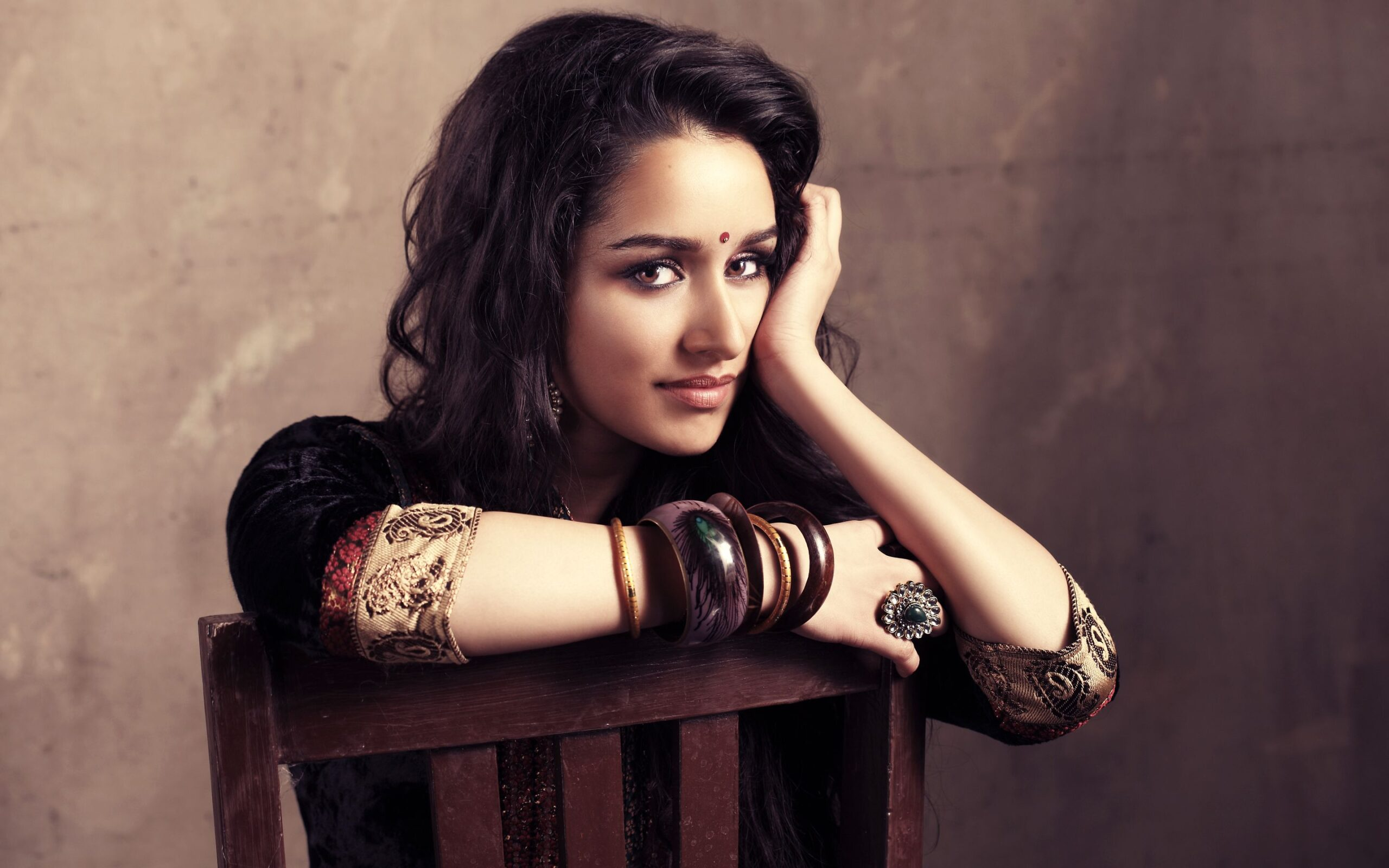 shraddha_kapoor_wallpaper_97338051