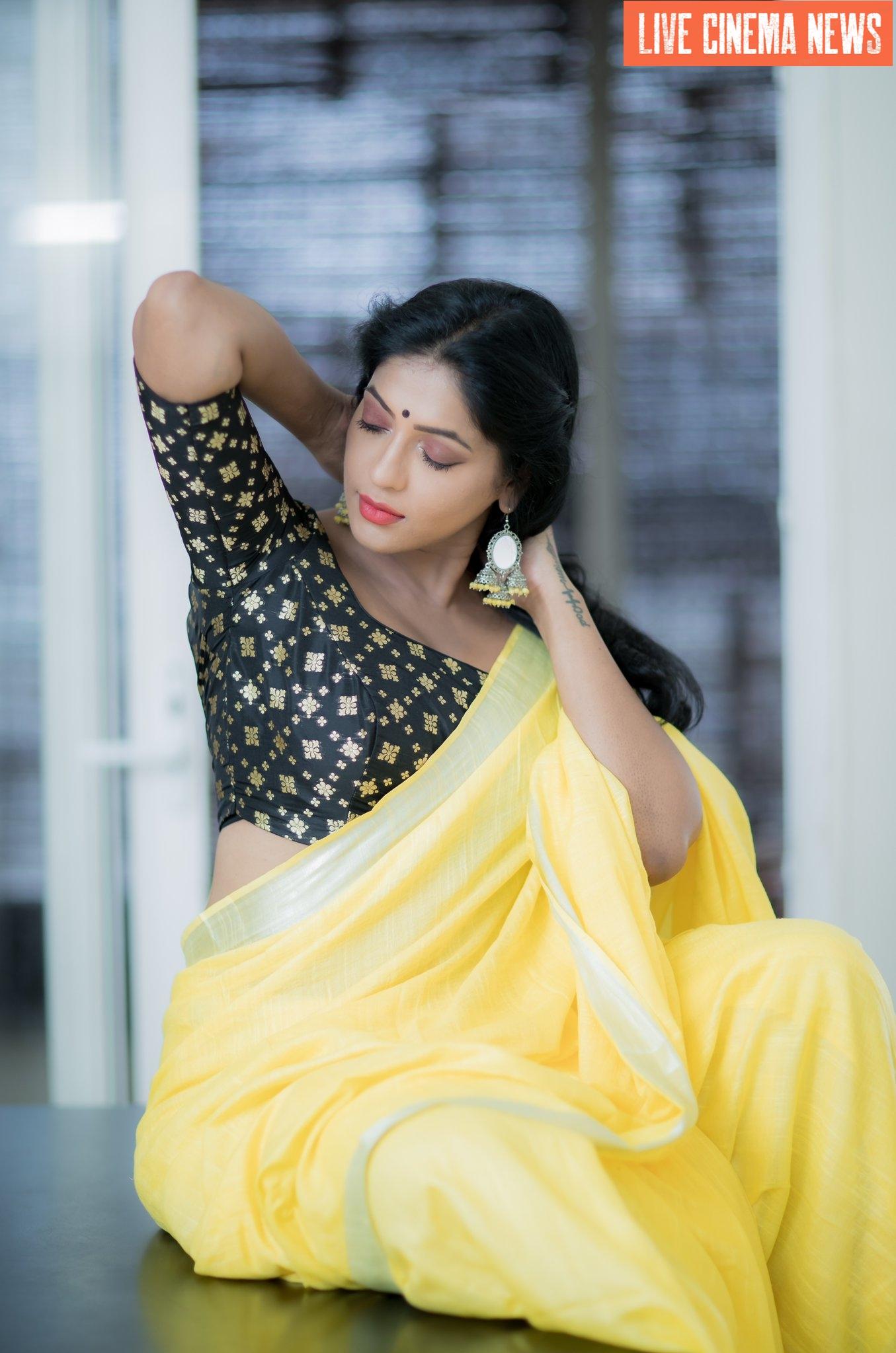 நடிகை ரேஷ்மாவின் அழகிய புகைப்படம்