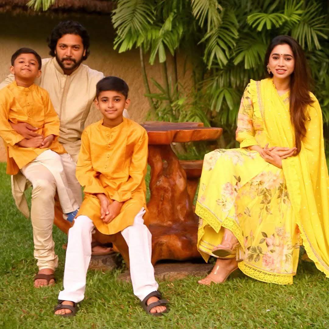 jayam_ravi_family_photos_40