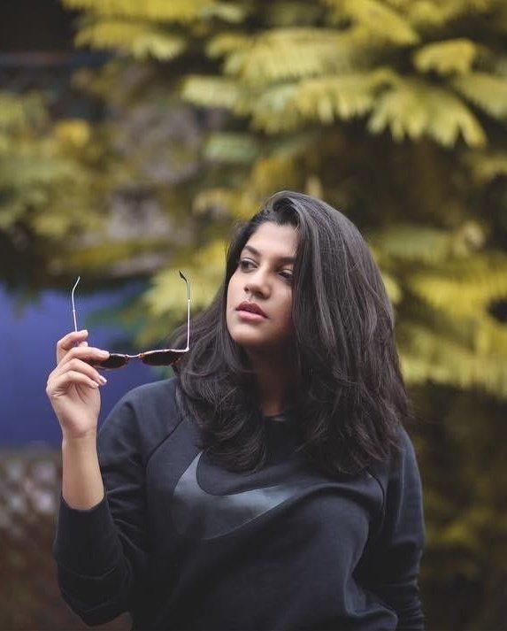 Aparna-balamurali-10