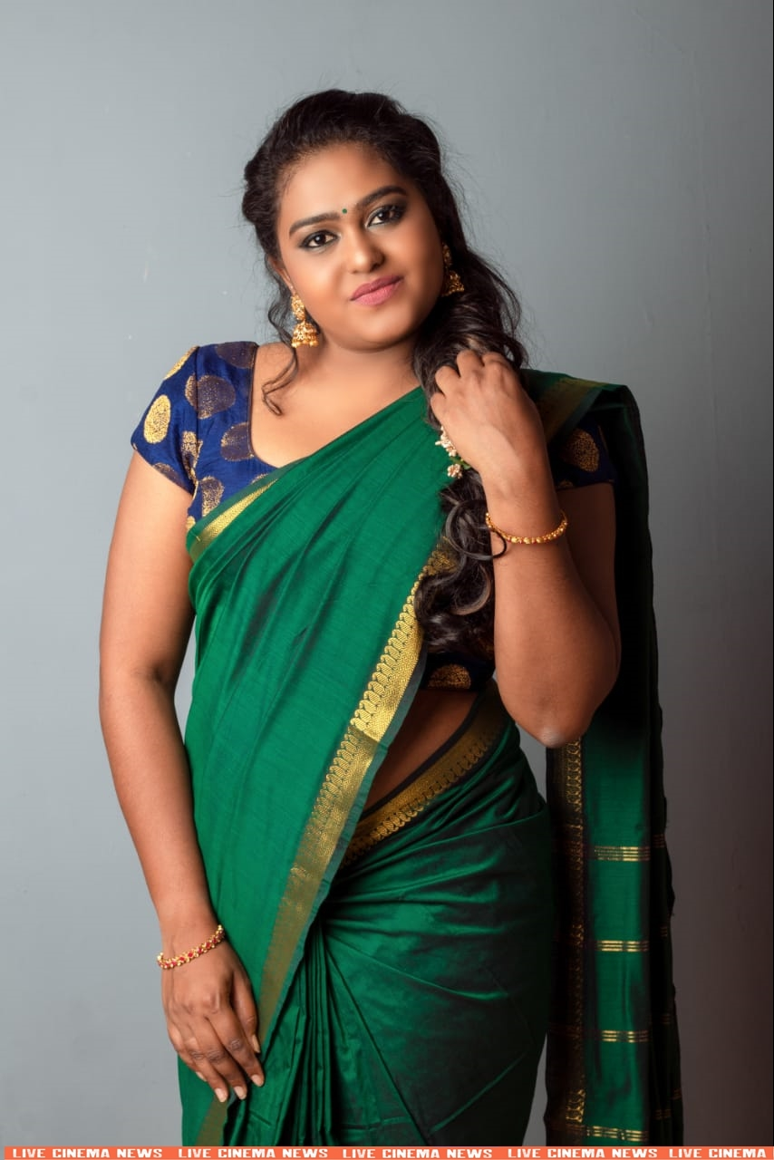 VJ_Akalya_Venkatesan_Latest_Saree_Photos