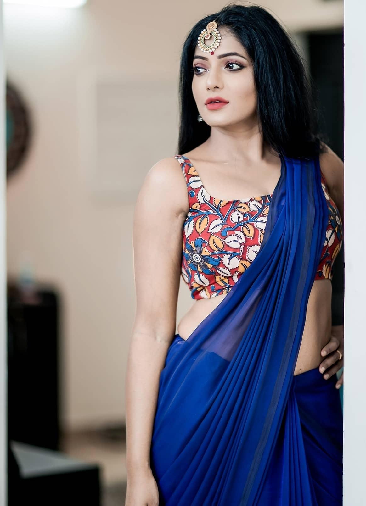 Reshma-Pasupuleti-latest-saree-photo-14