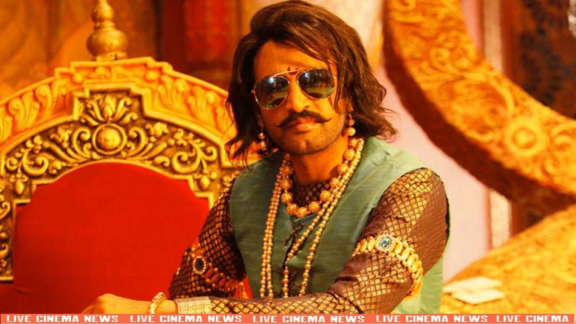 Santhanam in the role of king
