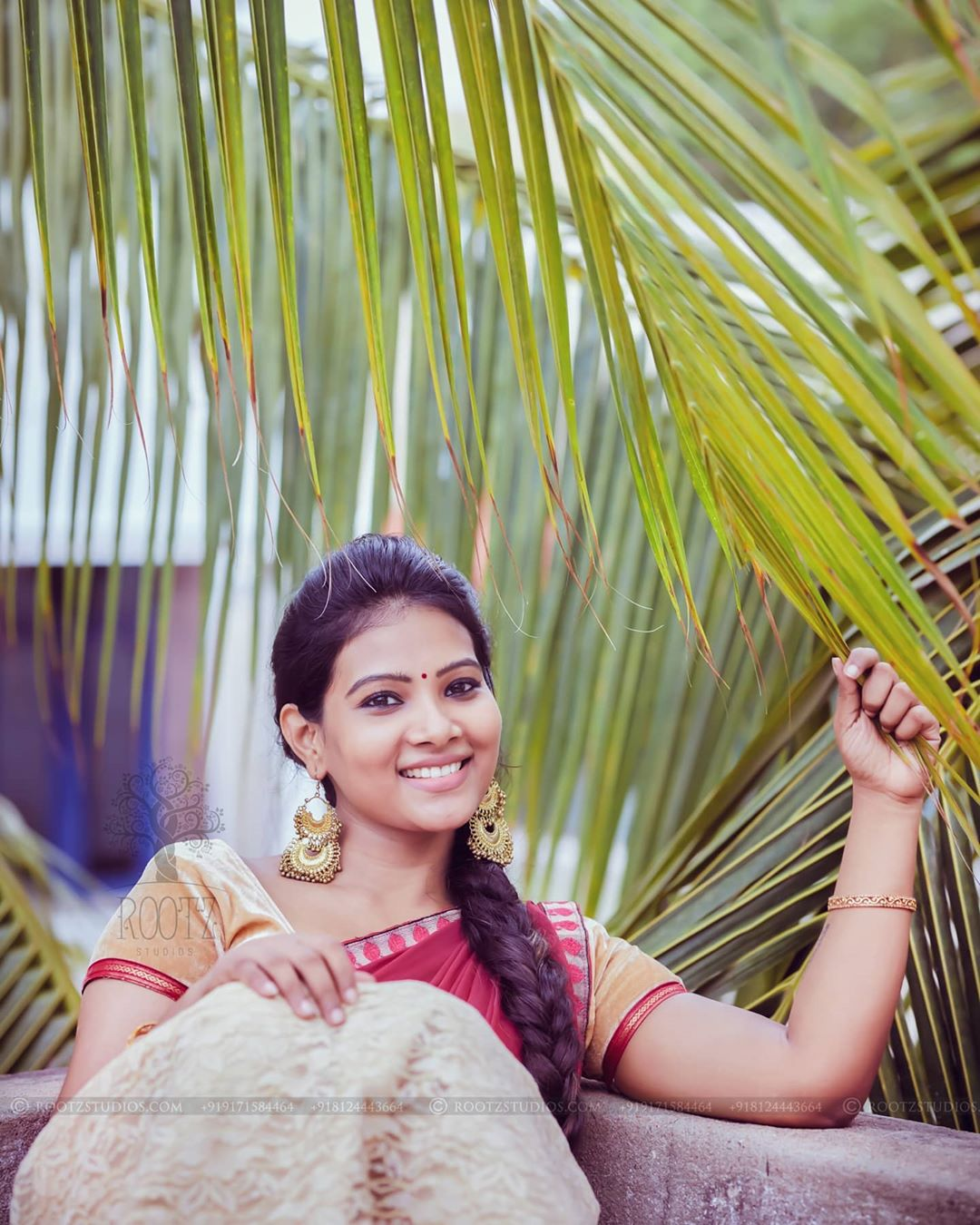 dhivya dhuraisamy homely saree photos (14)