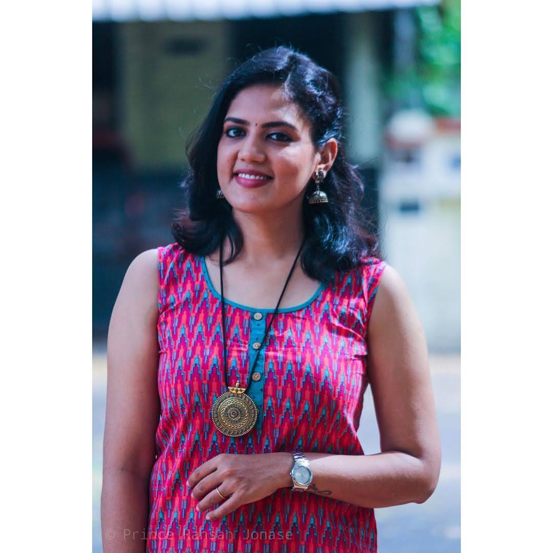 news-anchor-panimalar-102