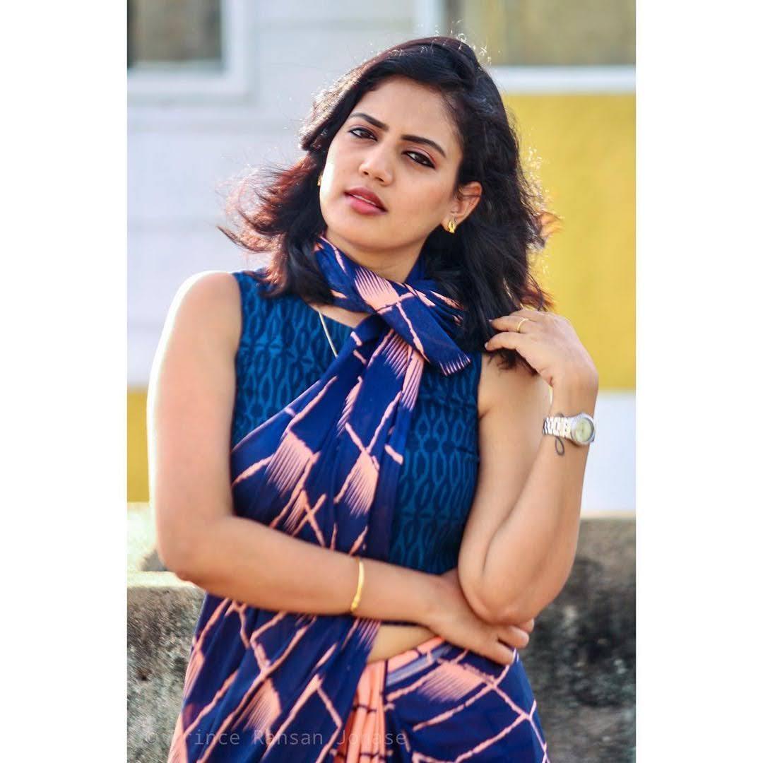 news-anchor-panimalar-108