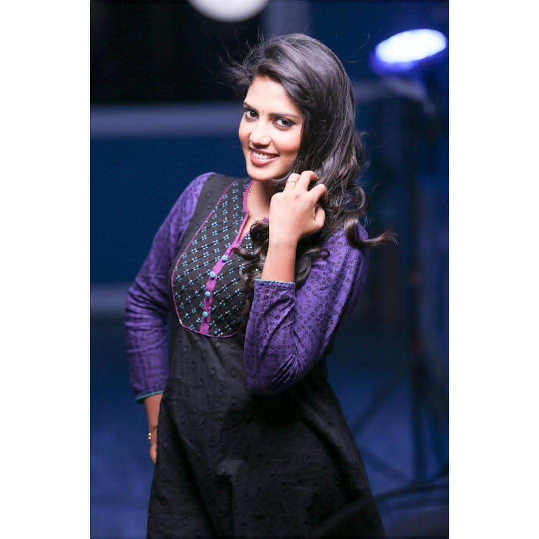 news-anchor-panimalar-15