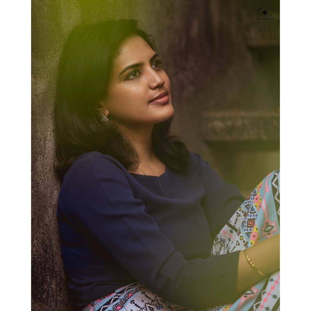news-anchor-panimalar-21