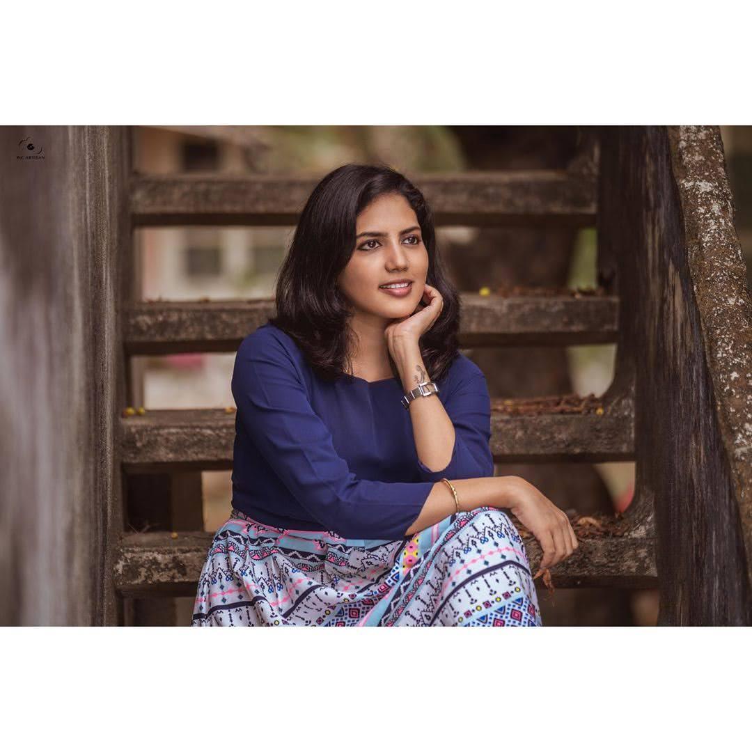 news-anchor-panimalar-24