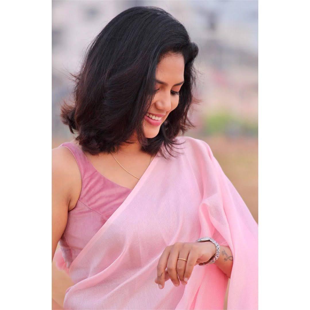 news-anchor-panimalar-30