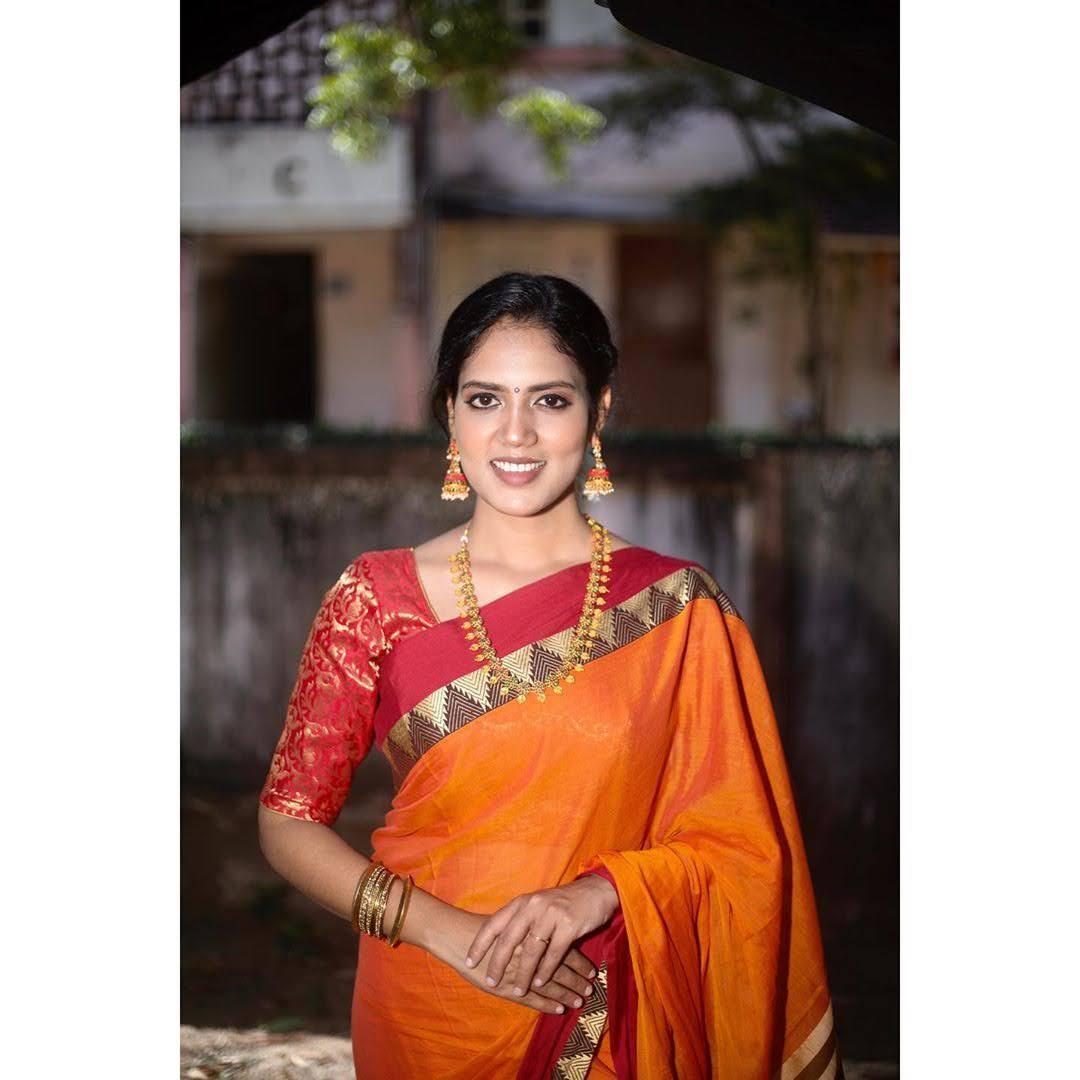 news-anchor-panimalar-43