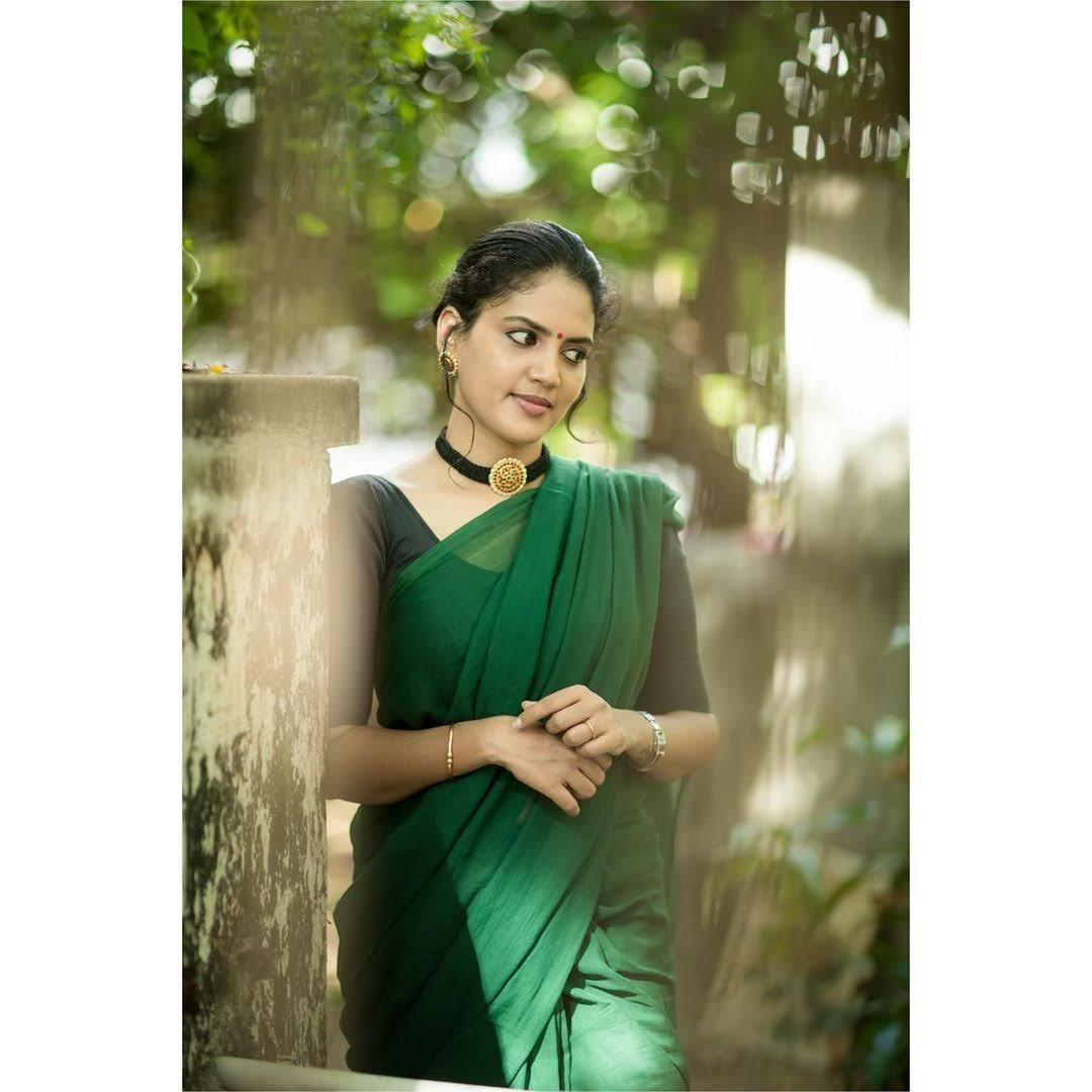 news-anchor-panimalar-56